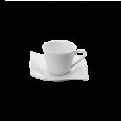Espressotasse und Untertasse Motion